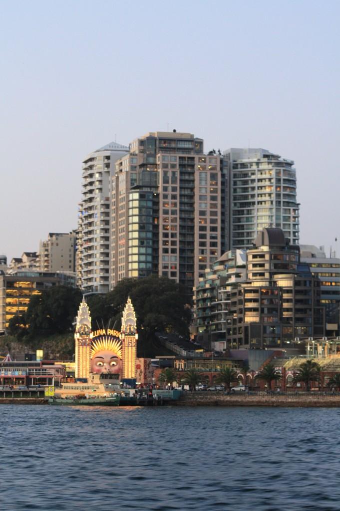 sydney ferry luna park