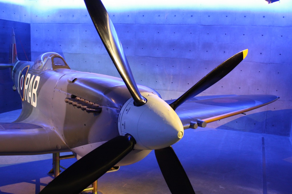 cronicas viajeras auckland museo spitfire