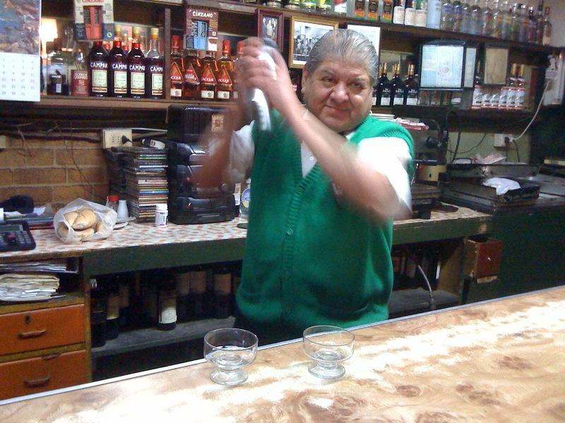 barman cinzano valparaiso