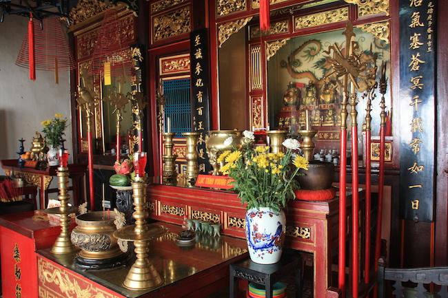 altar_pagoda