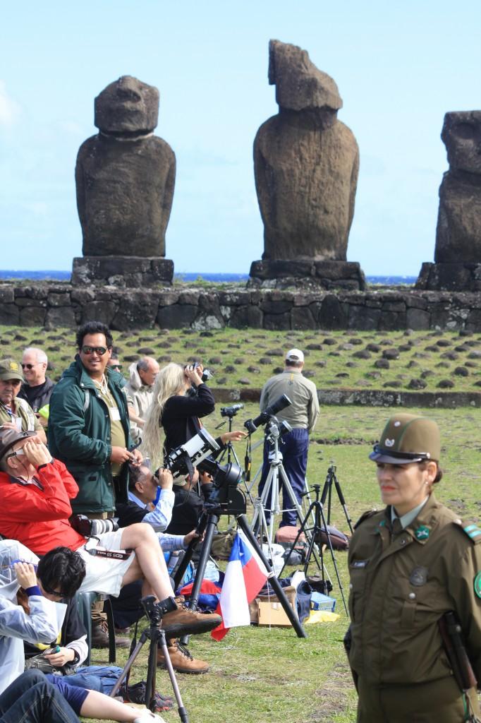 ambiente eclipse en isla de pascua rapa nui