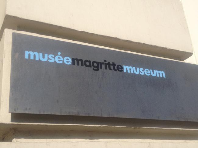 el museo dedicado a Magritte es Bruselas contiene más de 200 obras