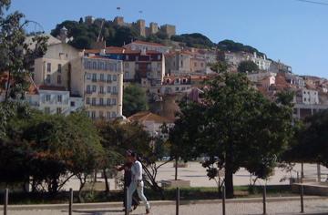 castelo de s. jorge desde el centro de Lisboa