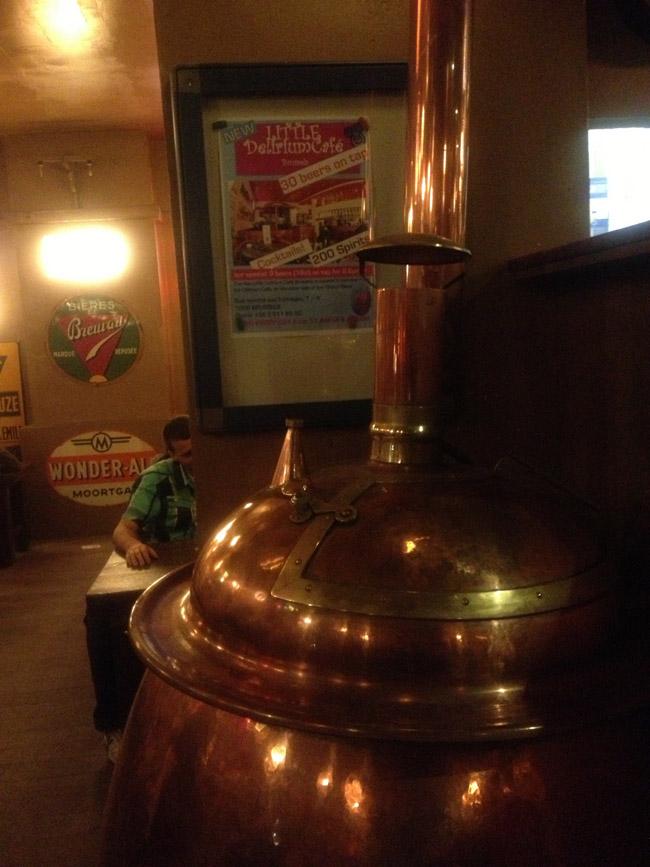Detalles en el interior del Delirium Cafe