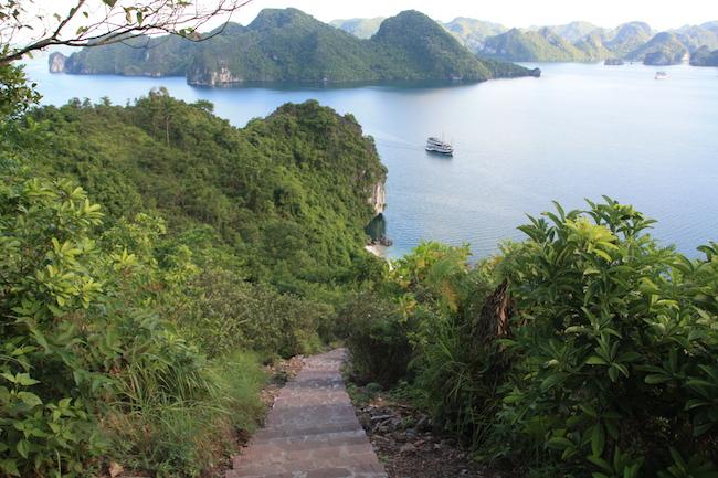 La bahía desde el escalón 200 de está isla...
