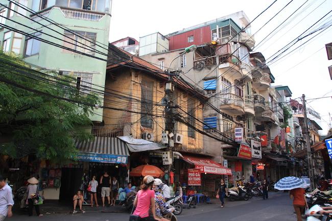 Calles al norte del lago Hoan Kiem