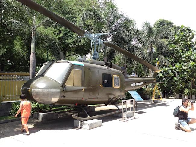 Helicóptero norteamericano en el museo de la Guerra