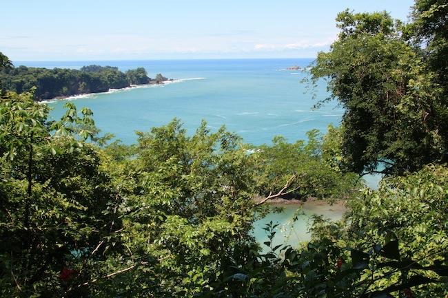 Vistas del Pacífico desde el mirador más elevado del Parque Manuel Antonio