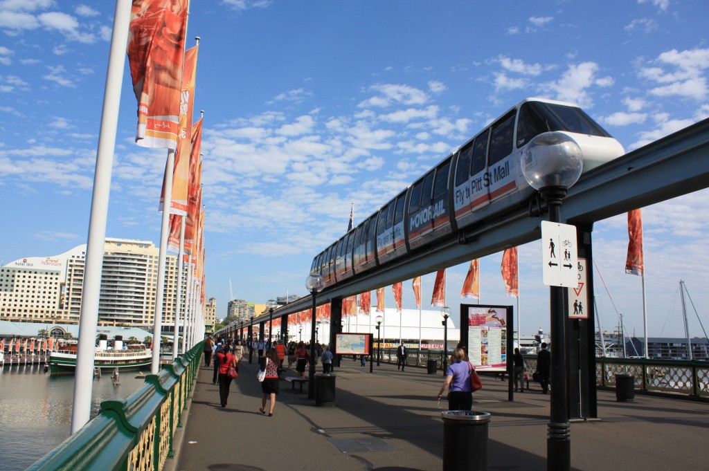 monorail sydney pedestrian bridge