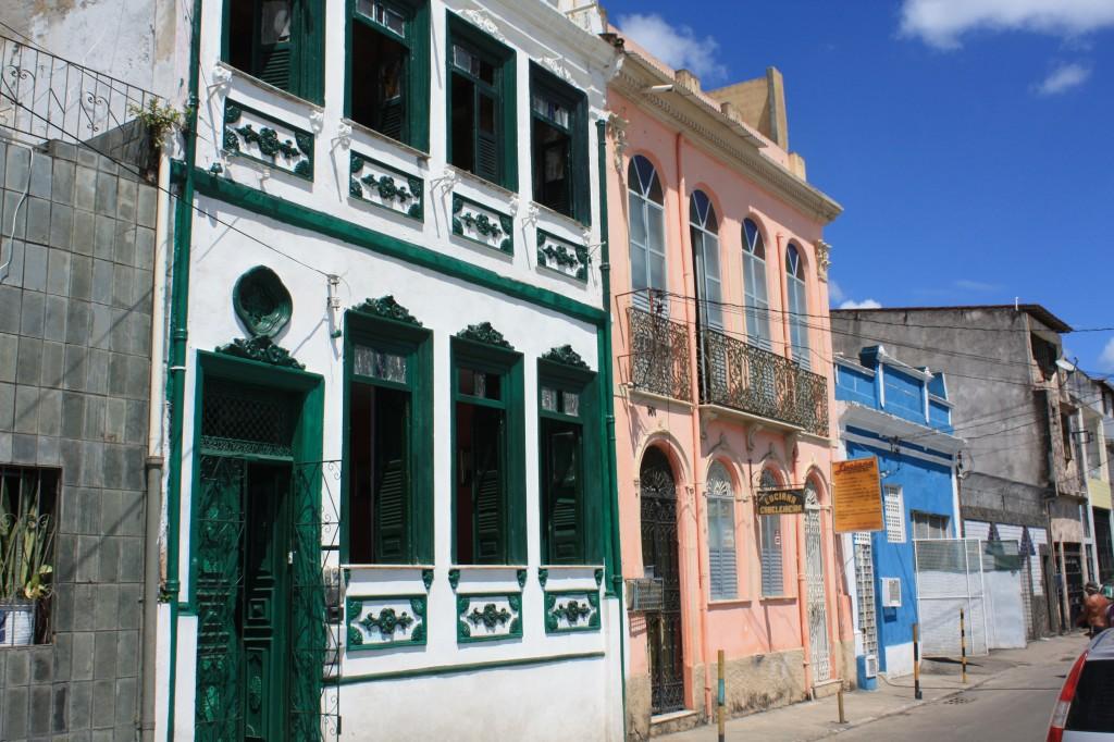 Así es la casa de Moyses, Latino de Maré - crónicas viajeras