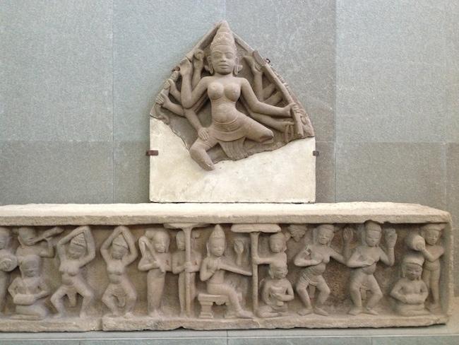una samsara, las estatúas de danzantes
