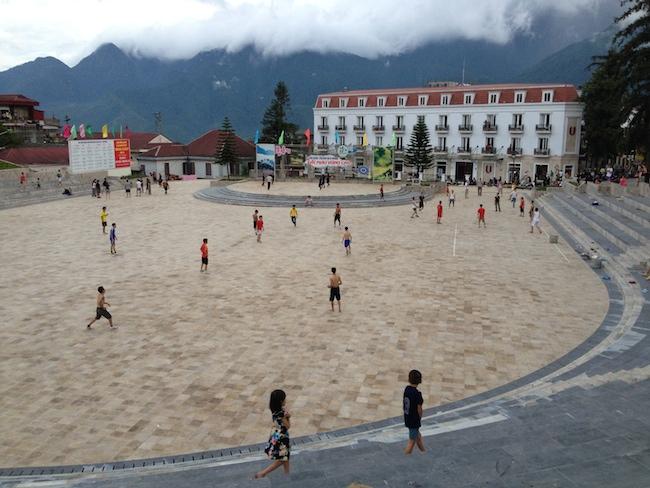 Lo del deporte a todas horas en las calles se lleva mucho en todo Vietnam