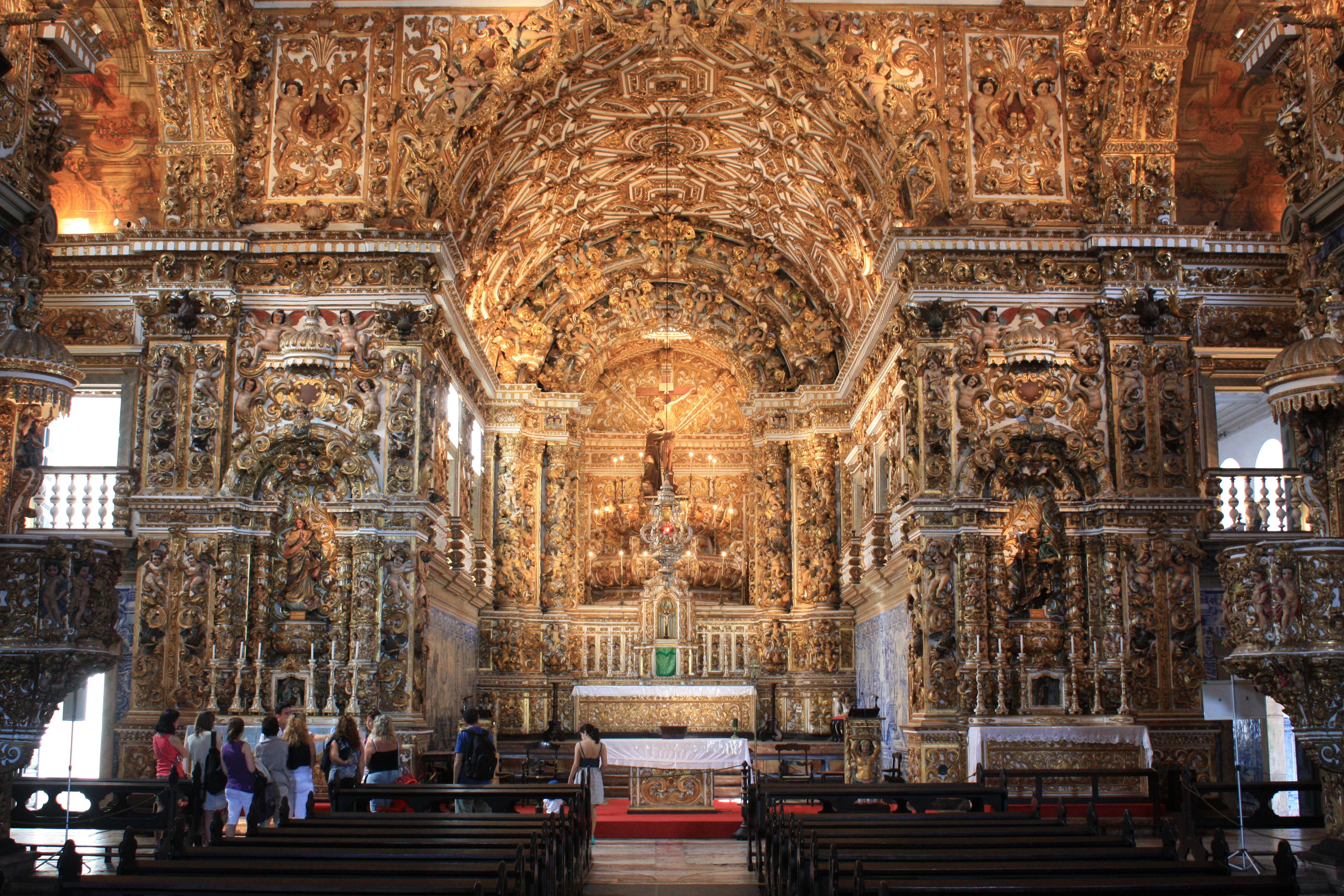 Setecientos kilos de oro en la iglesia m s impresionante for La casa del azulejo san francisco