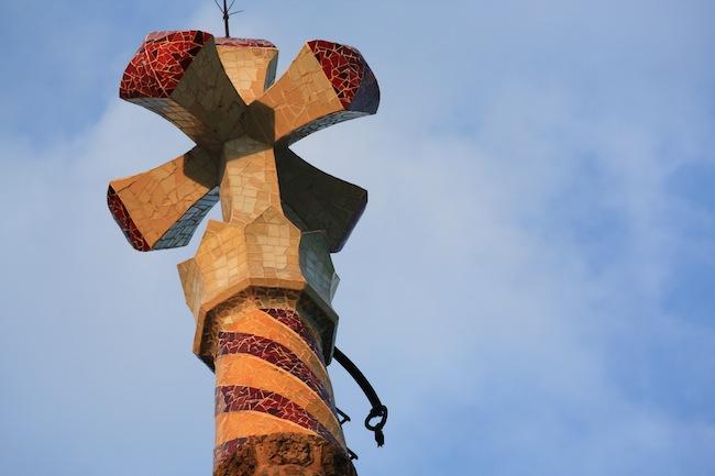 Torre Bellesguard: detalle de la cruz