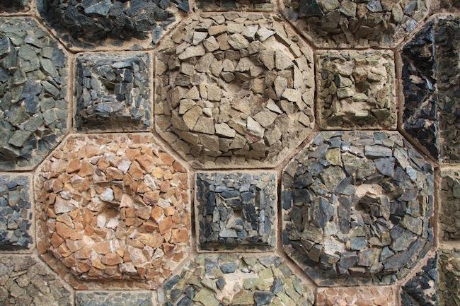 Texturas de piedra en la Torre Bellesguard