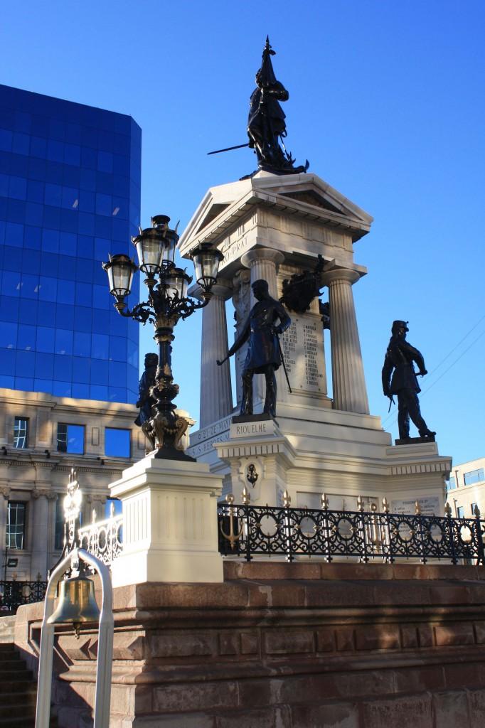 valparaiso monumento arturo prat