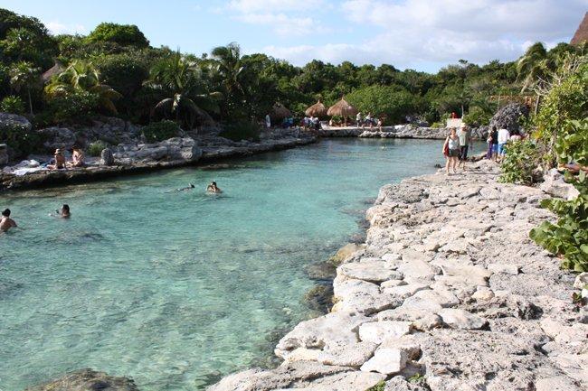 Cala en Xcaret, ideal para un poco de snorkel