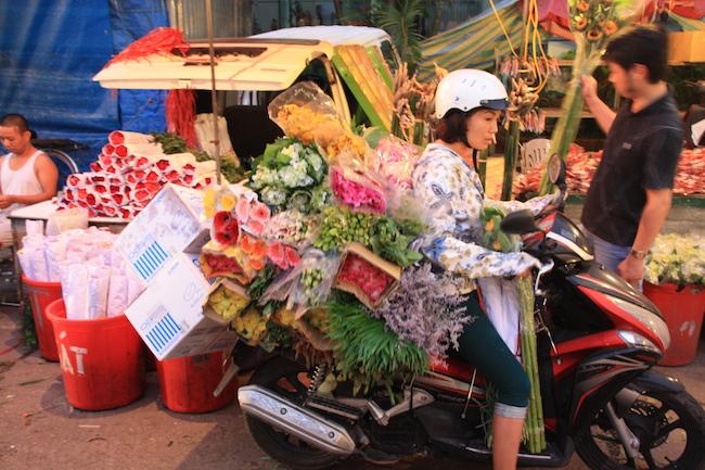 mercado_flores_hanoi