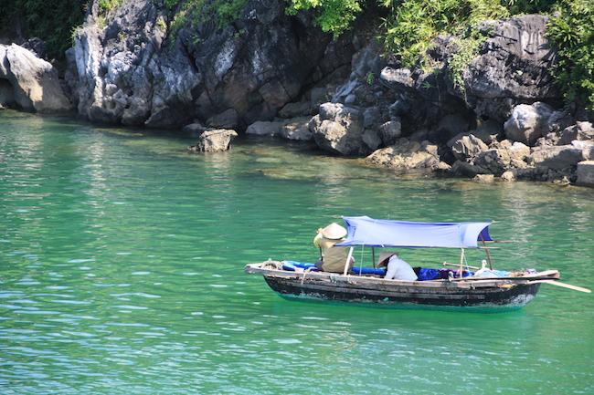 pescadores_halong_bay