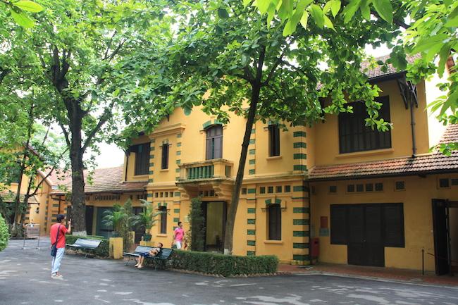Ho Chi Minh se instaló unos años en la que fuera la casa de servicio del antiguo gobernador.