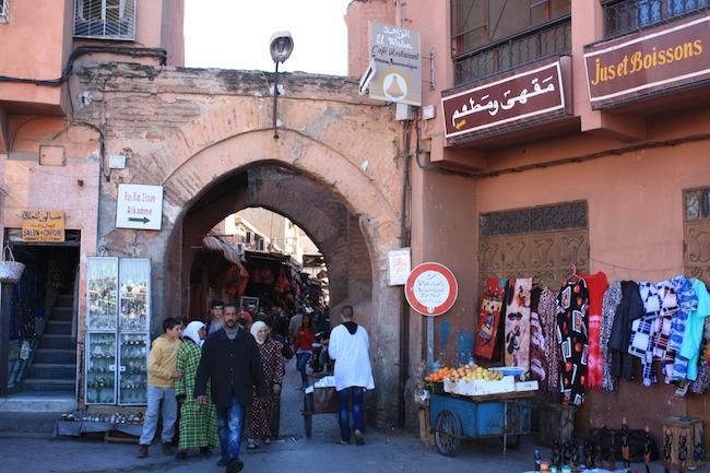 entrada al zoco de marrakech